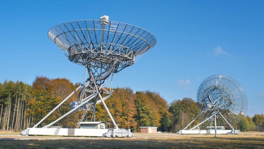Captato segnale radio dallo spazio